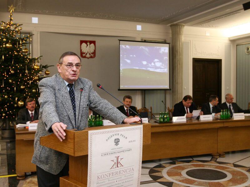 Zbigniew_Romaszewski_Konferencja_90_lat_kurateli_sądowej_w_Polsce
